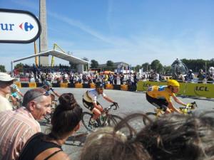 Le maillot jaune place de la Concorde
